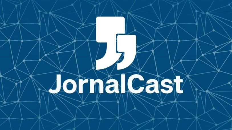 Banner do JornalCast com o logotipo da Jornal Júnior. O logotipo consiste em duas aspas de tamanhos diferentes sobrepostas.
